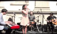 Bécsi Debreziner Wurst Party-n lépett fel Boggie