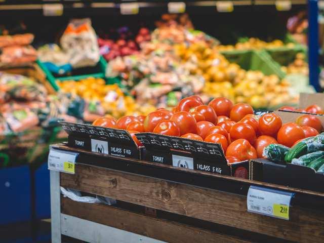 Zöldség-gyümölcs - Mártonhegyi út
