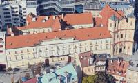 Hol és hogyan kínálta fel jövedelmét Széchenyi az akadémiára?