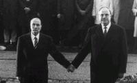 Ellenpéldák - közös történelemkönyvek