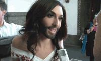 Megdöbbentő! Magyar hírességgel lakott a szakállas énekesnő!