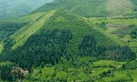 A bosnyák, aki dombra ment fel, de piramisról jött le